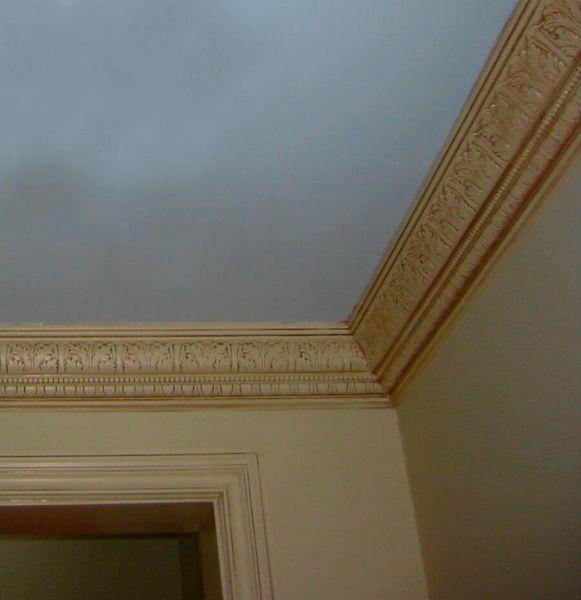 Какой краской красить полиуретановый потолочный плинтус
