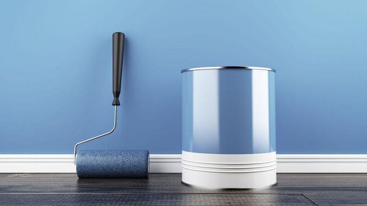 Покраска стен на кухне водоэмульсионной краской фото