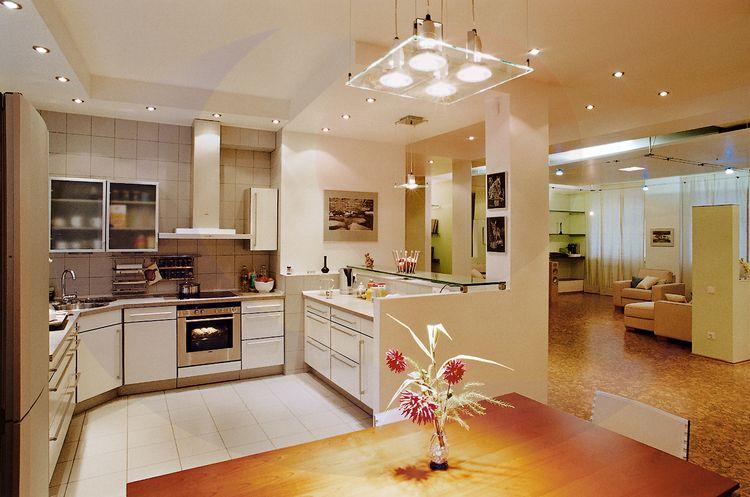 Освещение в дизайне кухни