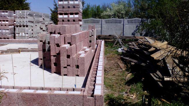 Пример установки опалубки из блоков Дюрисол