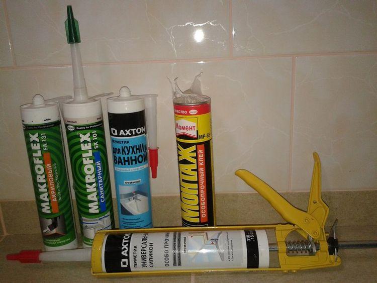 Как очистить ванну от силиконового герметика в домашних условиях