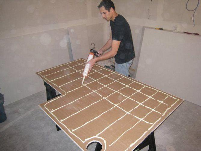 выравнивание деревянных стен гипсокартоном без каркаса