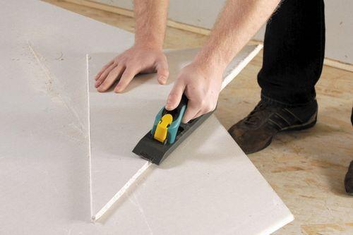 Чем и как резать гипсокартон правильно в домашних условиях