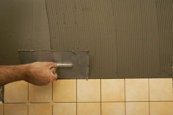 Монтирование плитки на стеновую поверхность